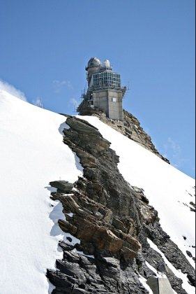 Обсерватория Сфинкс - наука на вершине мира (10 фото)