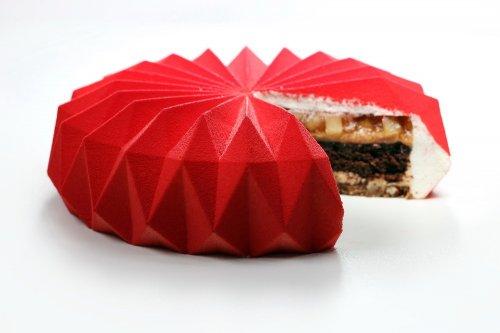 Новые геометрические десерты Динары Каско (13 фото)