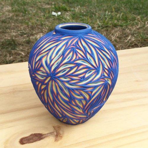Многослойная разноцветная резная керамика от Шона Фореста Робертса (15 фото)