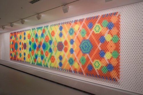 Необычные ковры, созданные из повседневных вещей (12 фото)