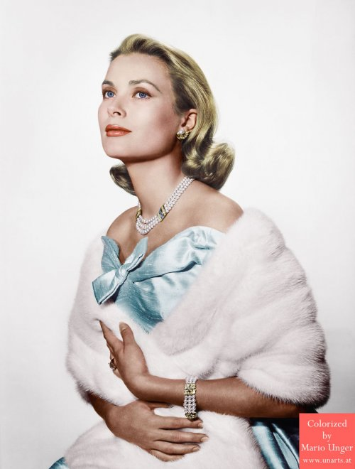 Отреставрированные и колоризированные фотографии знаменитостей прошлого (25 фото)