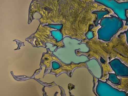 Абстрактные узоры Исландии в аэроснимках Стаса Бартникаса (13 фото)