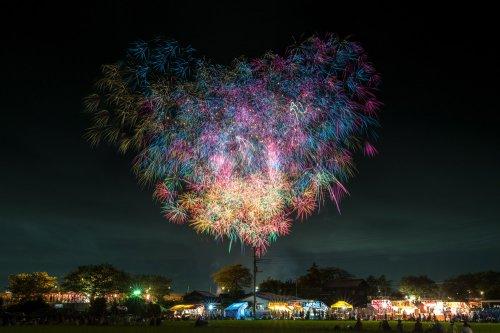Красочные фейерверк-шоу в Японии (12 фото)