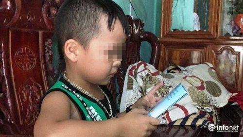Этот 5-летний ребенок из Вьетнама превосходно владеет английским языком, а свой родной почти не знает (фото + 2 видео)