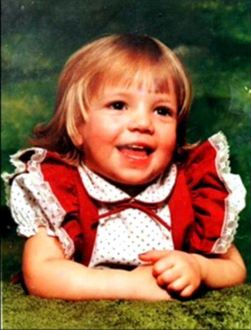 Узнаете ли вы будущих знаменитостей на этих детских фотографиях? (11 фото)