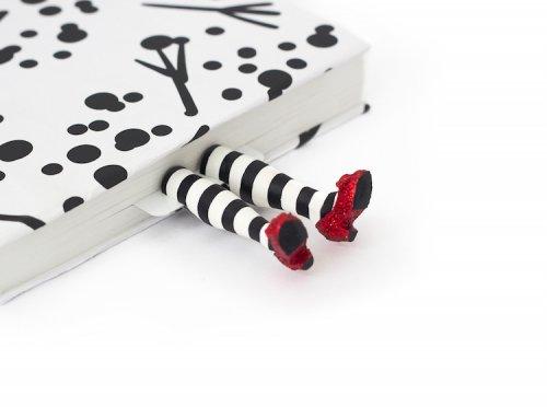 Прикольные закладки для тех, кто с головой уходит в чтение (13 фото)