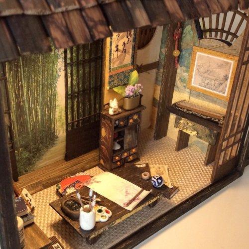 Миниатюрные копии японских домов, выполненные с такой тщательностью, что вы почувствуете себя Гулливером, заглядывающим в окна (13 фото)