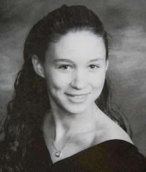Школьные фотографии знаменитостей, на которых вы наверняка узнаете не всех (19 фото)