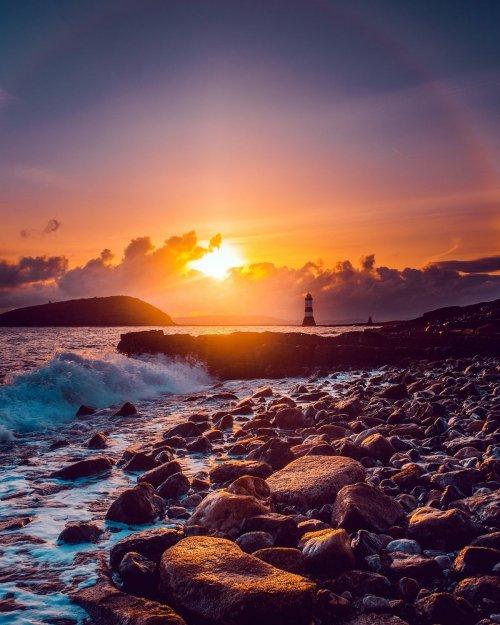 Бывший художник-осветитель путешествует по миру, запечатлевая красоту естественного освещения (11 фото)