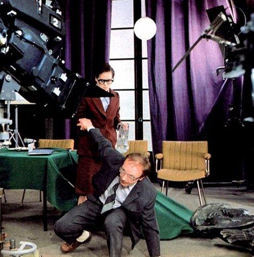 Закулисье популярнейших советских фильмов (19 фото)