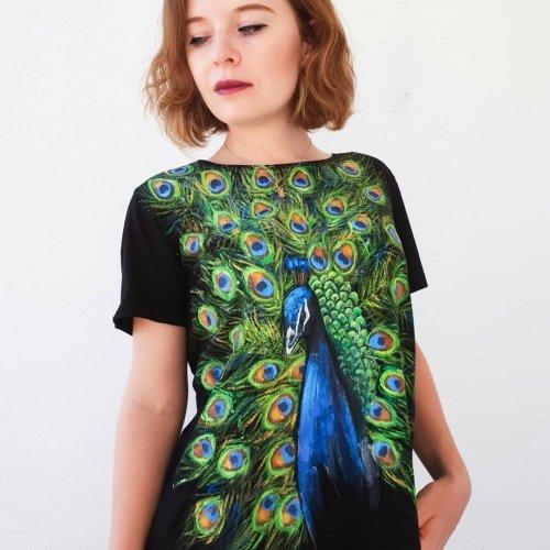 Турецкая художница придаёт уникальность одежде, разрисовывая её вручную (30 фото)