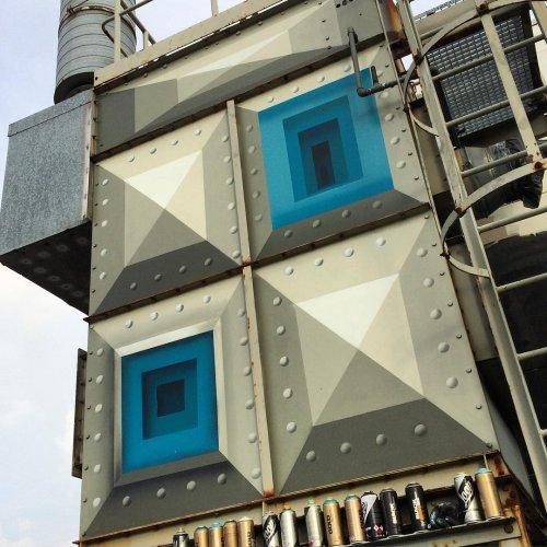 Уличный художник создаёт настенные рисунки, за которыми пространство внутри зданий просто исчезает (12 фото)