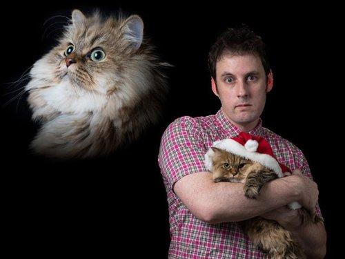 Крутейшая коллекция фотографий мужчин, позирующих с кошками! (19 фото)