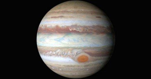 ТОП-10: Недавние открытия, подтверждающие, что Юпитер – странное место