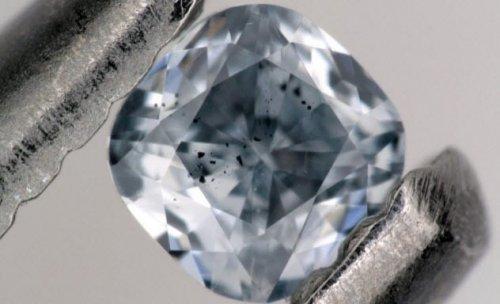 ТОП-10: Удивительные находки, обнаруженные внутри алмазов
