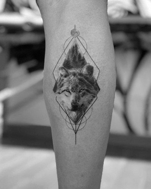 Реалистично-минималистичные татуировки от турецкого тату-мастера Али Аныл Эрчела (17 фото)