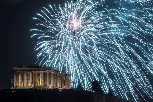Как встретили Новый год в разных уголках планеты (25 фото)