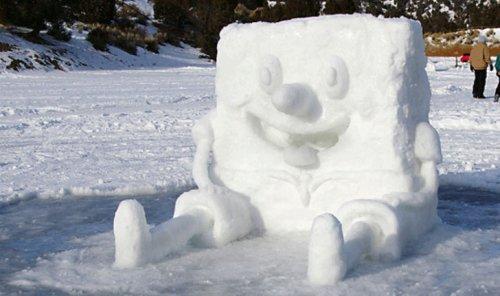 Необычные и прикольные снеговики (16 фото)