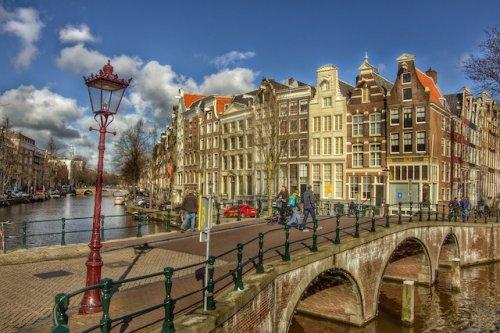 ТОП-10: Самые переоцененные в мире города