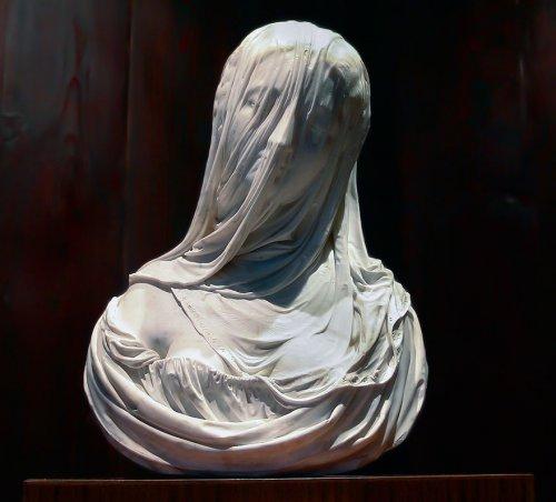 Потрясающие скульптуры XIX века, создающие иллюзию прозрачной вуали (6 фото)