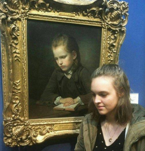 Лицом к лицу с самим собой в музее (21 фото)