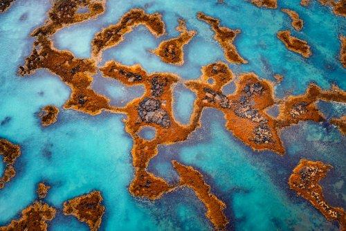 Ландшафты Исландии, похожие на абстрактные картины в фотографиях Альберта Дроса (15 фото)