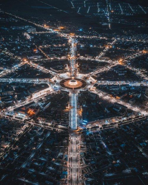 Городские пейзажи и экстремальные фотографии с крыш китайского фотографа Стеллы Янь (33 фото)