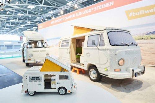 Полноразмерная модель фургона Volkswagen Type 2 Bulli из LEGO (22 фото)