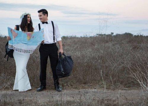 Пара из США отметила свадьбу 12 раз в 12 разных местах по всему миру (26 фото)