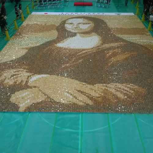 """""""Мона Лиза"""" из 24 тысяч крекеров: в Японии установили мировой рекорд (11 фото)"""