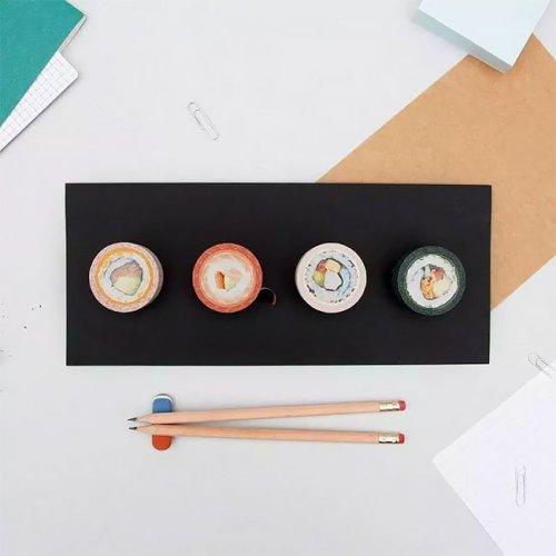 Прикольные рулоны клейкой ленты, которые можно легко перепутать с суши (5 фото)