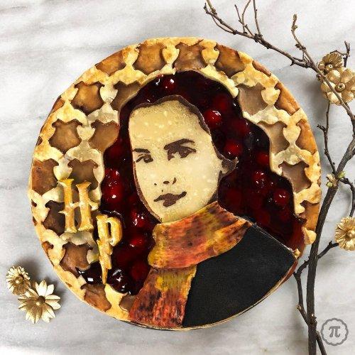 Креативные пироги Джессики Ли Кларк-Божин, вдохновлённые поп-культурой (15 фото)