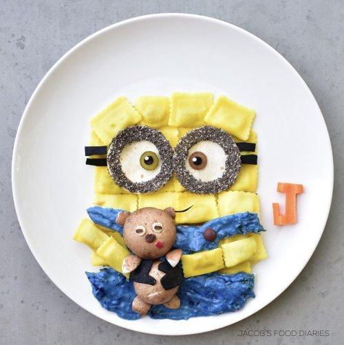 Сказочный фуд-дизайн: завтраки для маленького сына в виде его любимых персонажей (26 фото)