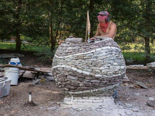 Талантливый каменщик строит миры из маленьких кусочков нашего мира (11 фото)