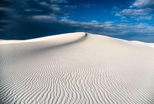 Белоснежные песчаные дюны Нью-Мексико, похожие на поверхность другой планеты (11 фото)