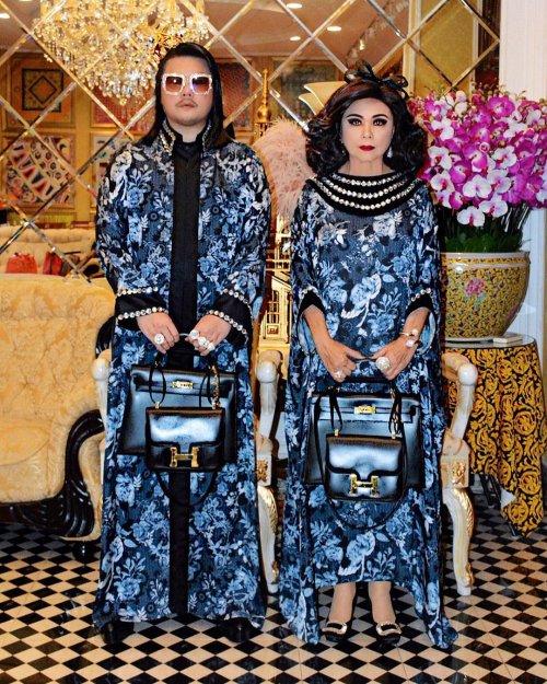 Мать с сыном из Таиланда возвели парный стиль одежды на новый уровень (11 фото)