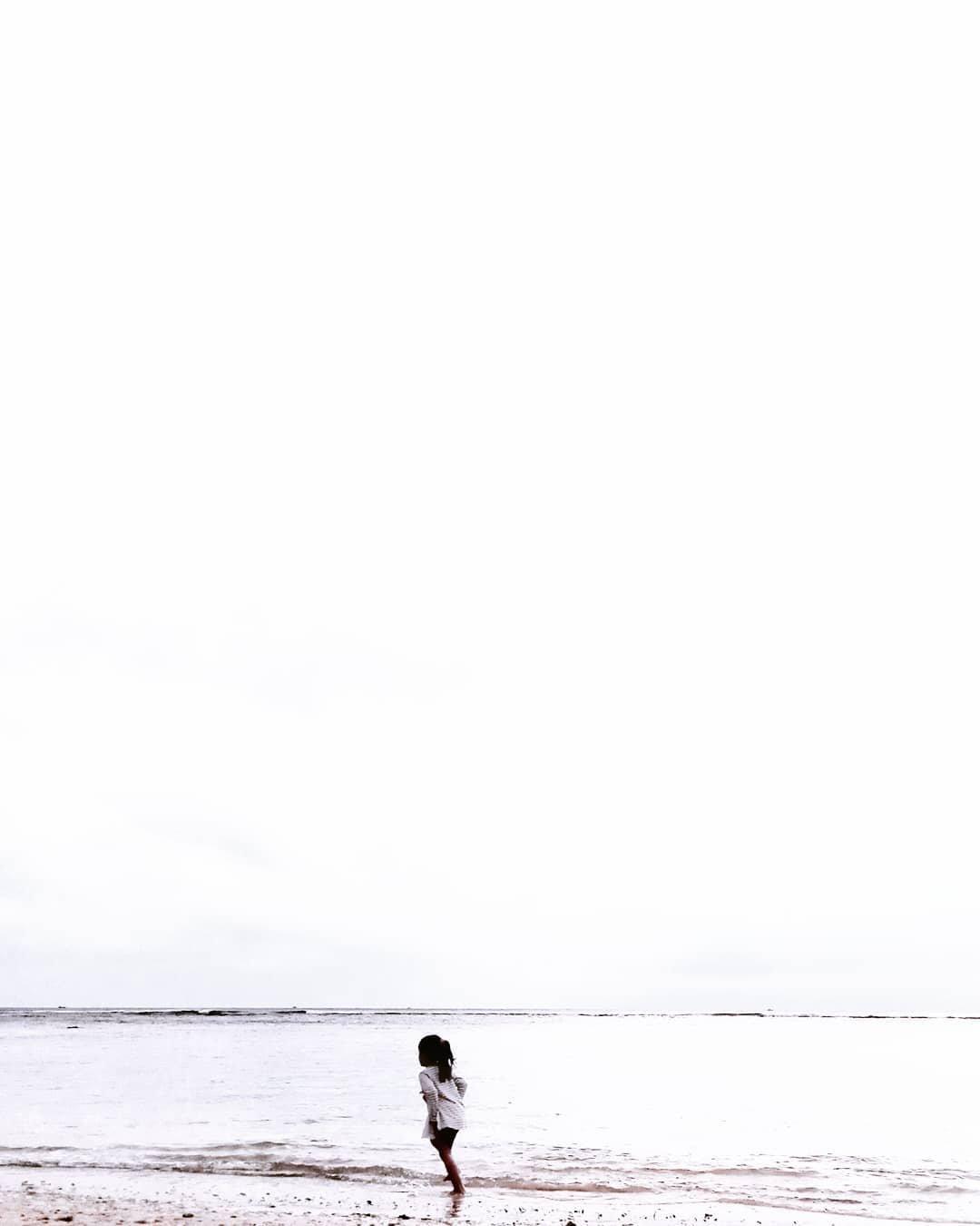 Красочные минималистичные фотографии Ройнальди Сапутры (29 фото)