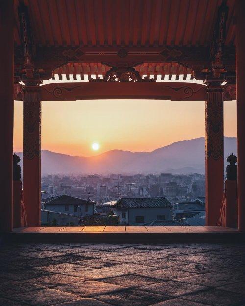 Фотограф показывает нераскрытую красоту Японии (11 фото)