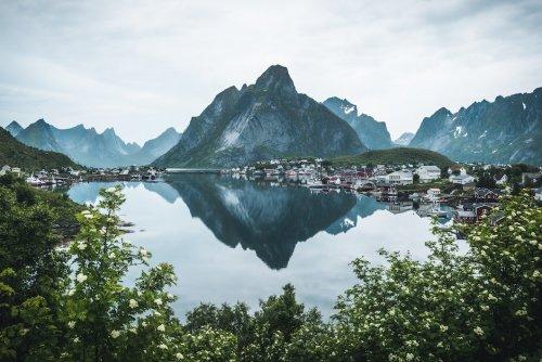 Зрелищные фотографии, запечатлевшие притягивающую красоту природных чудес Норвегии (20 фото)