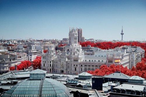Фотограф показал красоту Мадрида в инфракрасных фотографиях (19 фото)