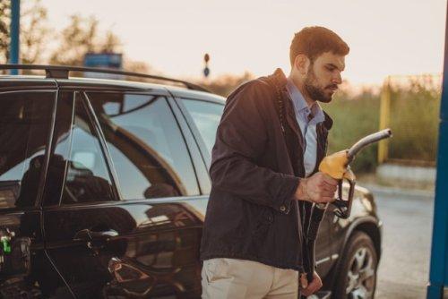 ТОП-10: Автомобильные мифы, в которые все верят