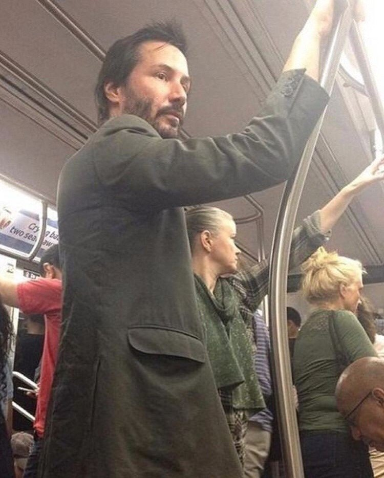 здоровый мужик в метро фото платина представлена