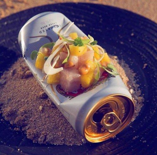 Ещё 25 примеров безбашенной подачи блюд в ресторанах