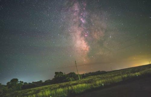 Таймлапс-видео Арье Ниренберга, наглядно показывающее вращение Земли