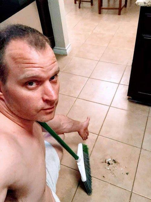Пользователь Facebook показал по-настоящему сексуальные фотографии, которые нужно отправлять своей любимой (7 фото)