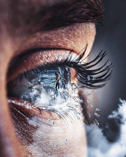 Гипнотизирующие фотоманипуляции Джастина Мейна (18 фото)