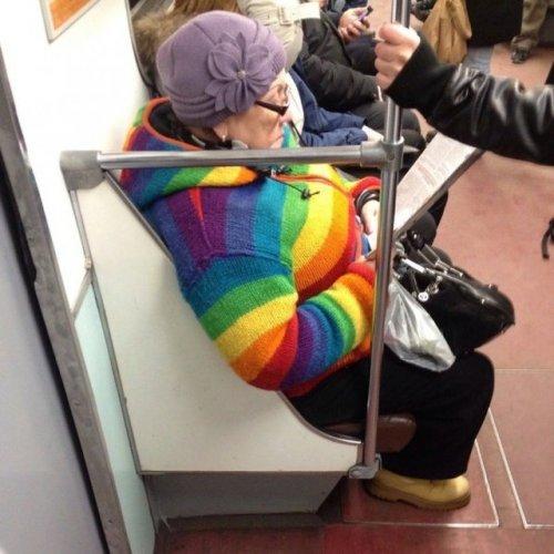 Люди из метро (30 фото)
