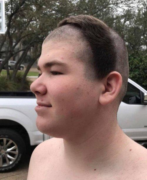 22 человека, которым срочно нужен хороший парикмахер
