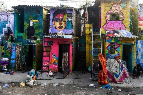 Трущобное граффити (17 фото)