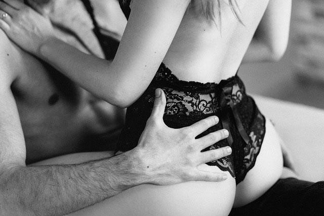 Почему мужчины после секса сразу засыпают?